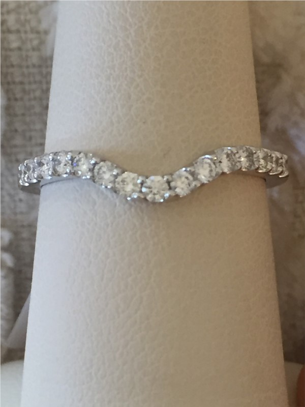 Wedding Band - Lady's White 14 Karat Wedding Band With 0.35Tw Round H/I Si2 Diamonds