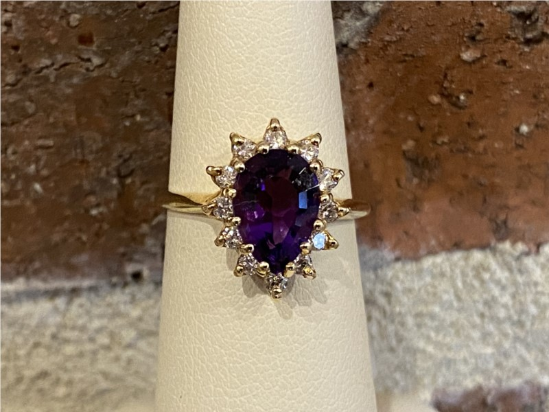 Fashion Ring - Lady's Amethyst and diamond Ring
