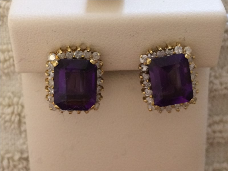 Earrings - Lady's Yellow 14 Karat Amethyst/Dia Earrings