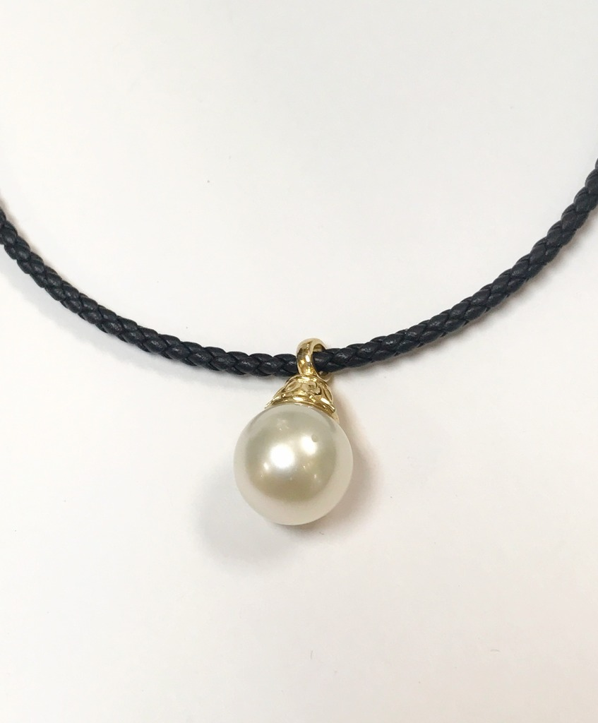Pearl Necklaces - Strand