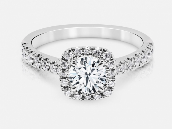 Discover the perfect diamond engagement ring at Don's Jewelry & Design in Washington, Iowa. Choose from princess cut, marquis