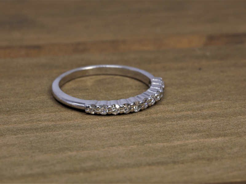 wedding band with a row of 11 diamonds, white gold, dainty wedding band, simple wedding band