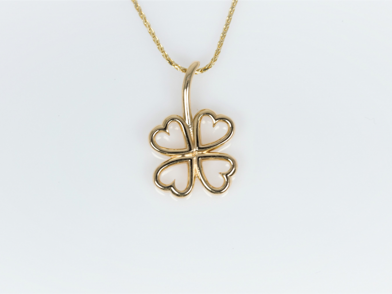 Yellow gold, gold pendant, four leaf clover necklace