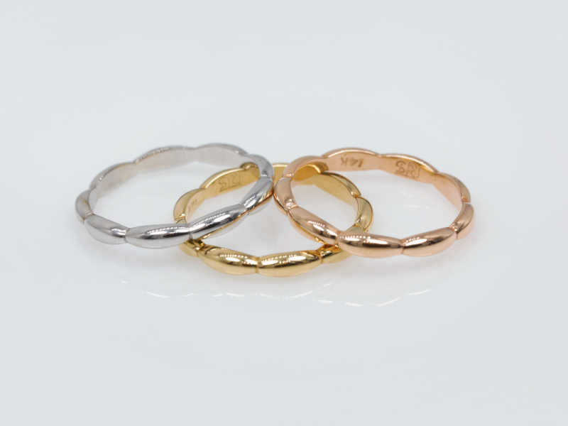 Rings - White Gold Oval Stackable - image 2