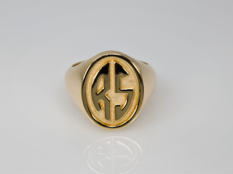 Signet Ring in 14k yellow gold, initial ring, initial jewelry, monogram ring - Signet Ring