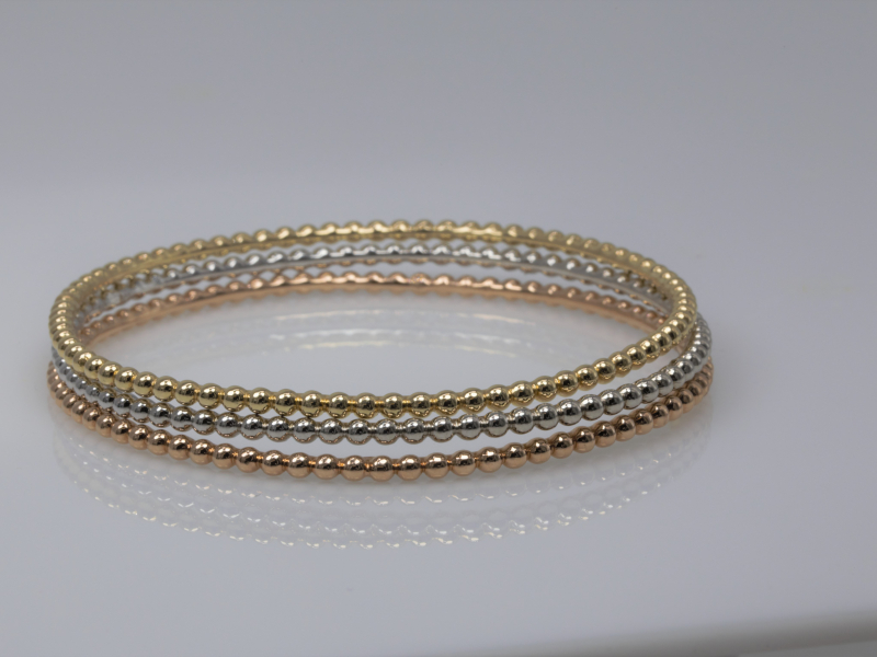 Bracelets - Beaded Stackable Bracelet in White Gold - image 2