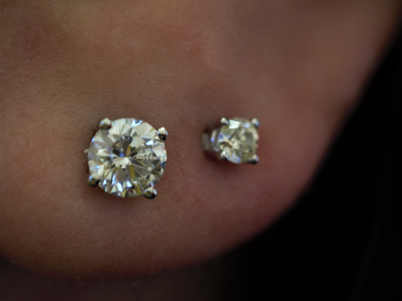 Earrings - 1 Carat Round Diamond Stud Earrings - image 2