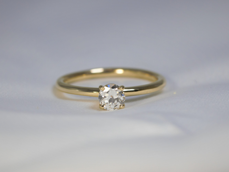 solitaire engagement ring, Classic solitaire in 14k engagement ring