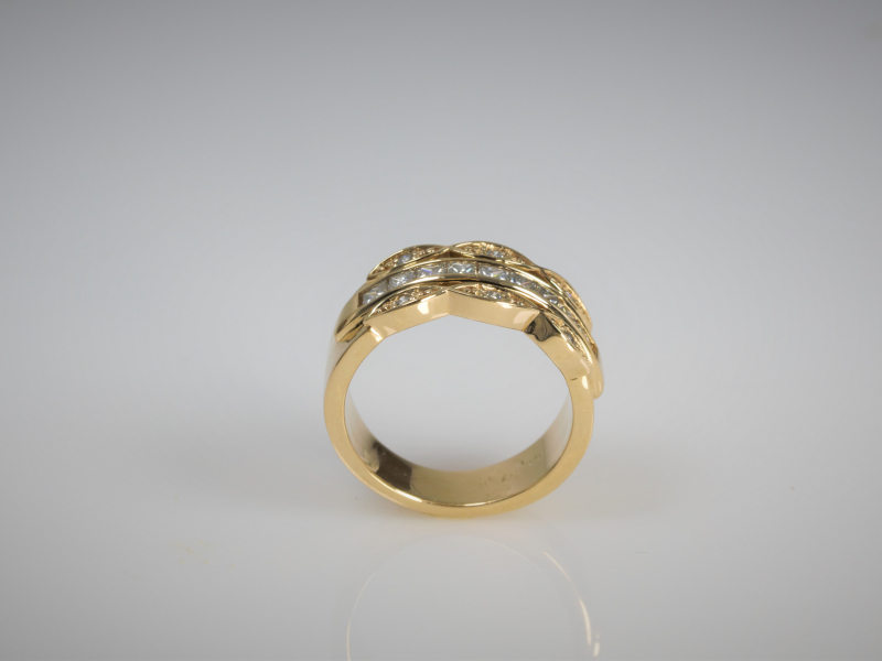 Rings - 3 Row Vintage Band with Middle Channel Set Yellow Gold - image 4