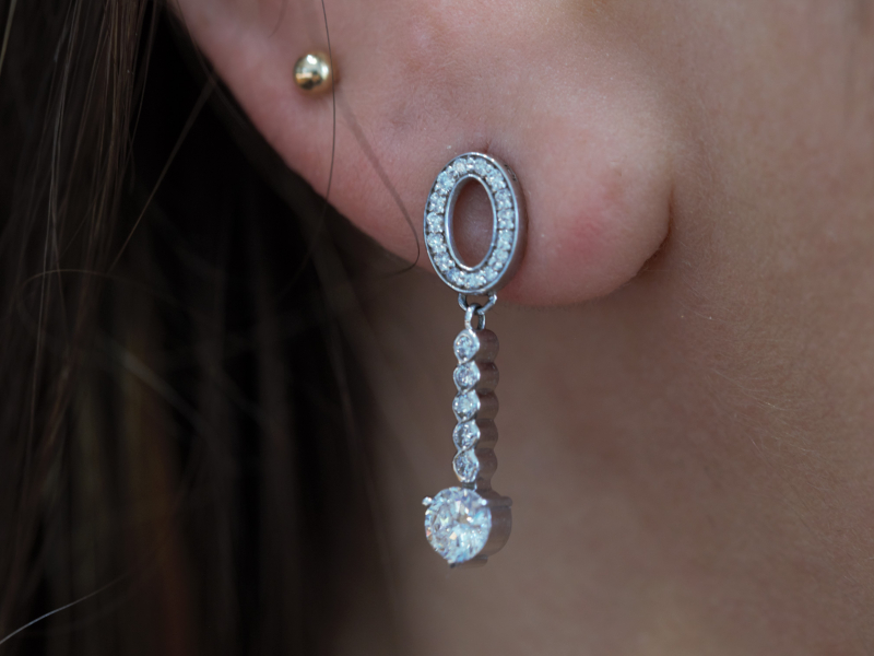 dangle earrings, expensive diamond earrings