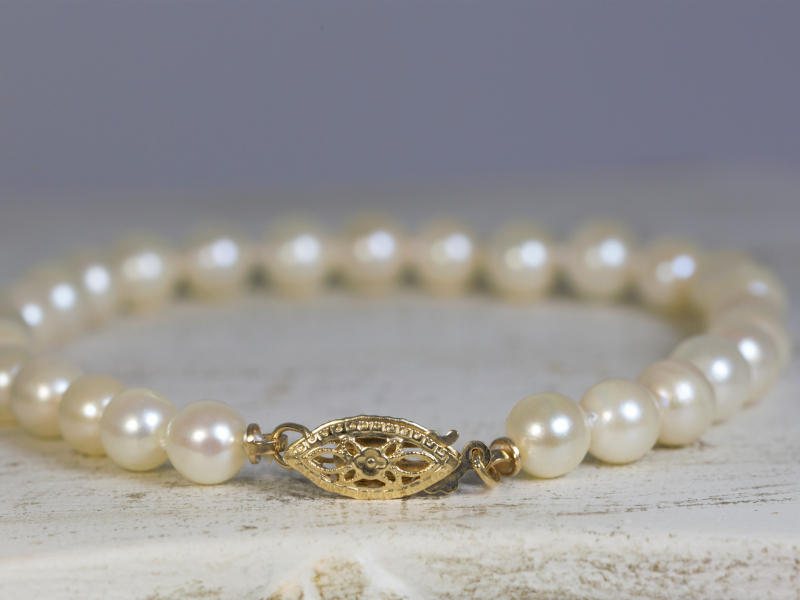 real pearl bracelet, 14k gold clasp, yellow gold clasp, for girls, 16th birthday jewelry