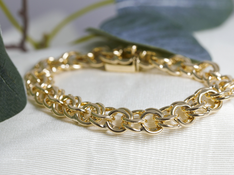 Bracelets - Yellow 14 Karat Gold Solid Double Link Bracelet