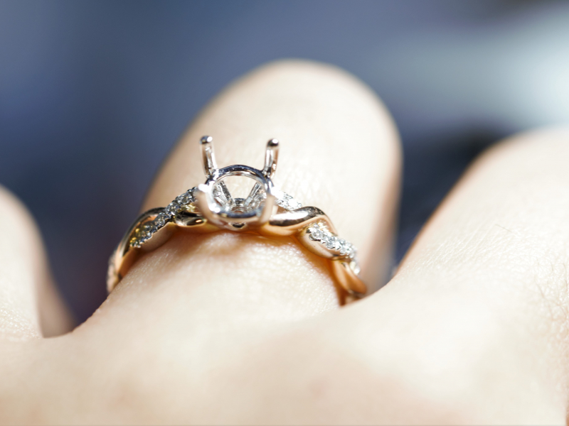 build your own engagement ring, engagement ring for a round loose diamond