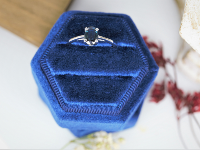 Solitaire Sapphire Ring, oval sapphire ring, white gold sapphire ring