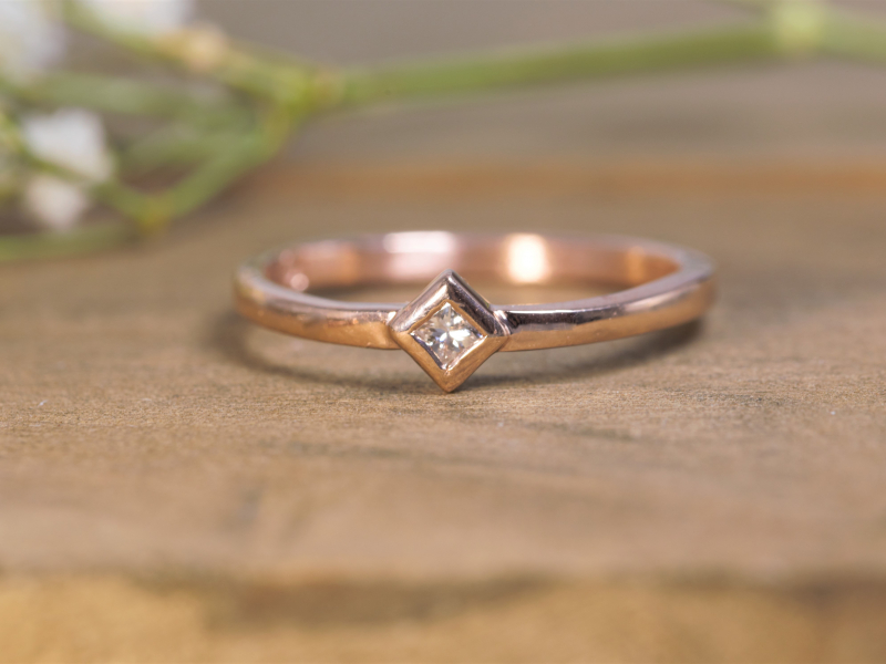 rose gold and square diamond, solitaire rose gold and square diamond ring