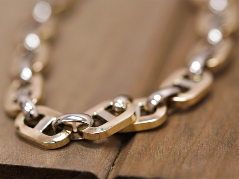 Gold, Silver, Gemstone, Diamond, Cubic Zirconia Bracelets for Men & Women at affordable prices.