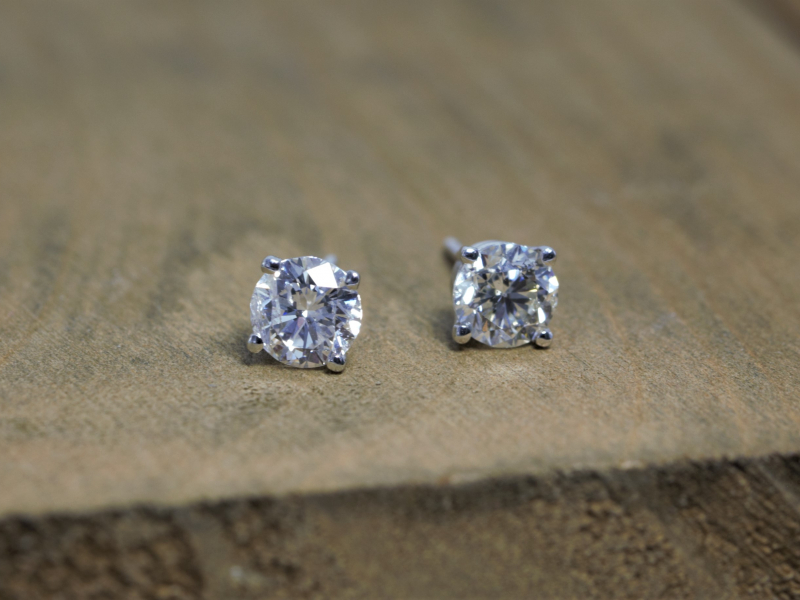 1 carat diamond earrings, 1 carat stud earrings, 1 carat diamond studs, big diamond studs - 1 Carat Round Diamond Stud Earrin
