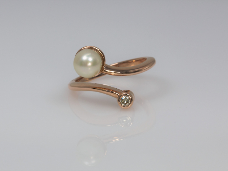 Open ring, criss cross pearl ring, Wrap around ring, wrap pearl ring