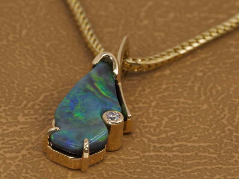 Les Olson Jewelers offers pendants, chains, and necklaces that can include diamonds, cubic zirconia, and gemstones - image #4