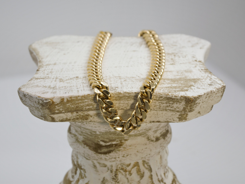 curb link 8' Yellow Gold Bracelet