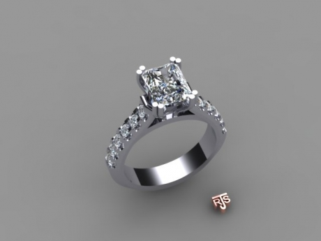 Engagement Ring in Platinum and Radiant Cut Diamond